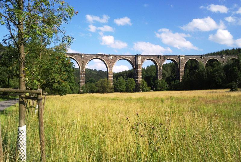 Blick auf das Hetzdorfer Viadukt